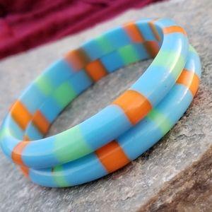 Vtg Colorful Striped Lucite Bangle Bracelet Set